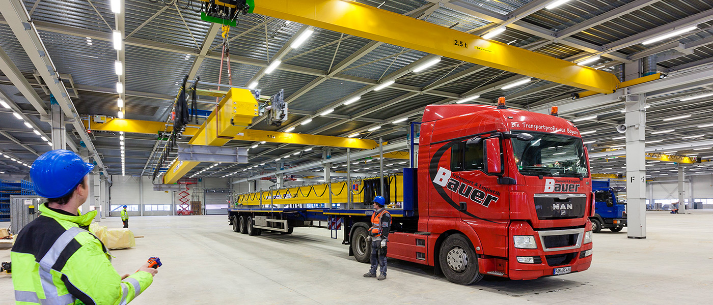 Example of gantry cranes application using HBC remote control system.